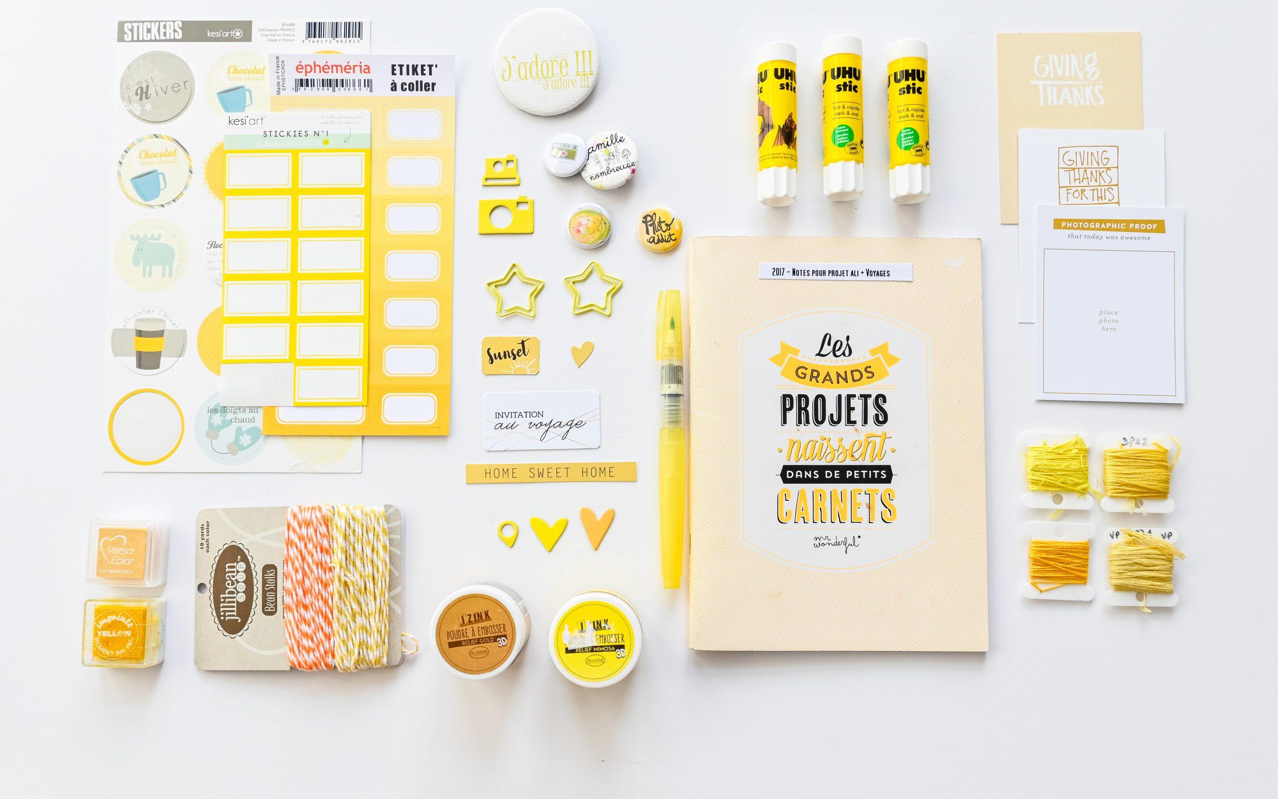 materiel creatif jaune scrapbooking