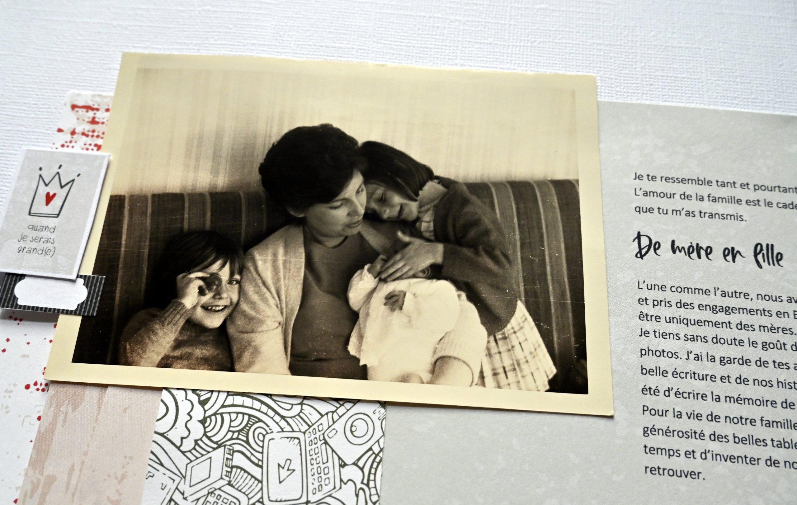 photo famille mère fille enfant femme de mère en fille .création de scrapbooking